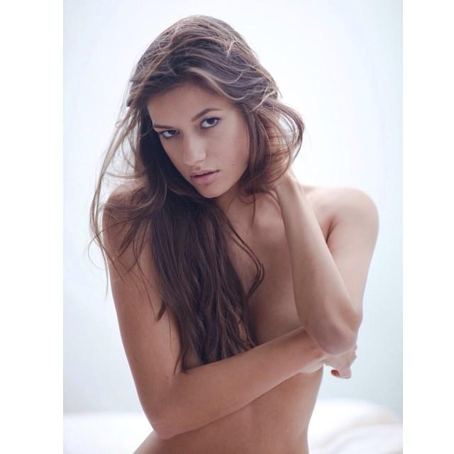 instagram-Vanessa-Hanson-UFC-Octagon-Girl-foto-19