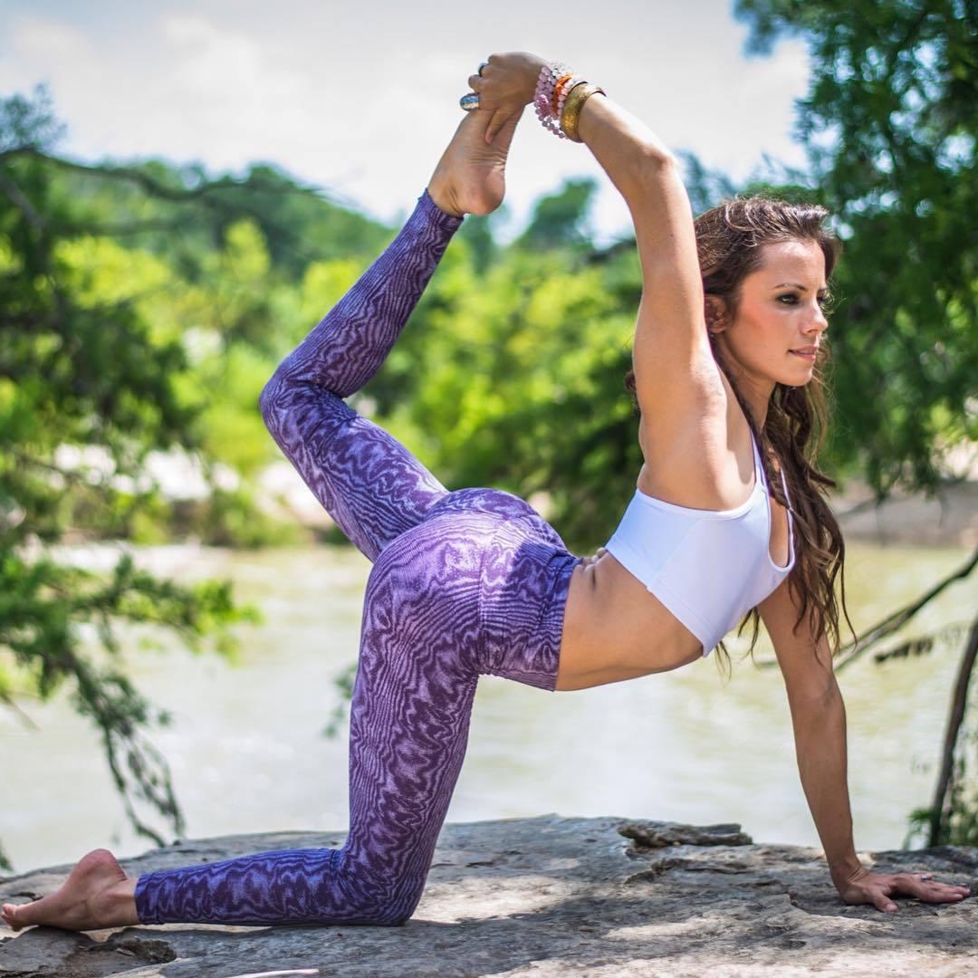 pose-yoga-sesso-foto-17